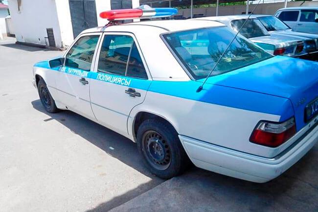 В Шымкенте выставили на продажу полицейский W124